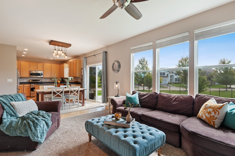 Real Estate Photography - 290 Bedford, Volo, IL, 60073 - Family Room / Kitchen