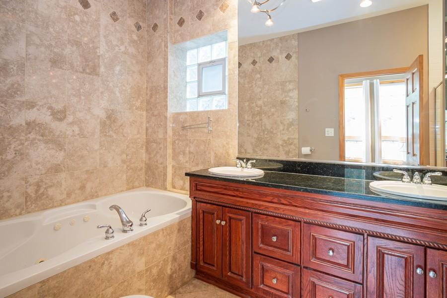 Real Estate Photography - 847 N Hermitage, Unit B, Chicago, IL, 60622 - Master Bathroom