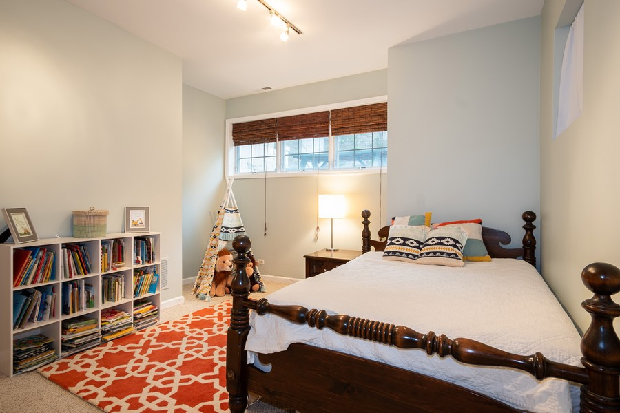 Real Estate Photography - 847 N Hermitage, Unit B, Chicago, IL, 60622 - 2nd Bedroom