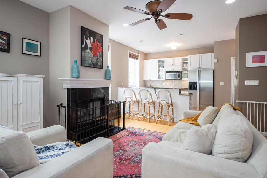 Real Estate Photography - 847 N Hermitage, Unit B, Chicago, IL, 60622 - Kitchen/Living