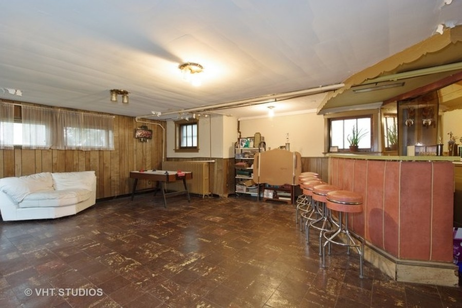 Real Estate Photography - 3811 N Kildare, Chicago, IL, 60641 - Basement & Bar