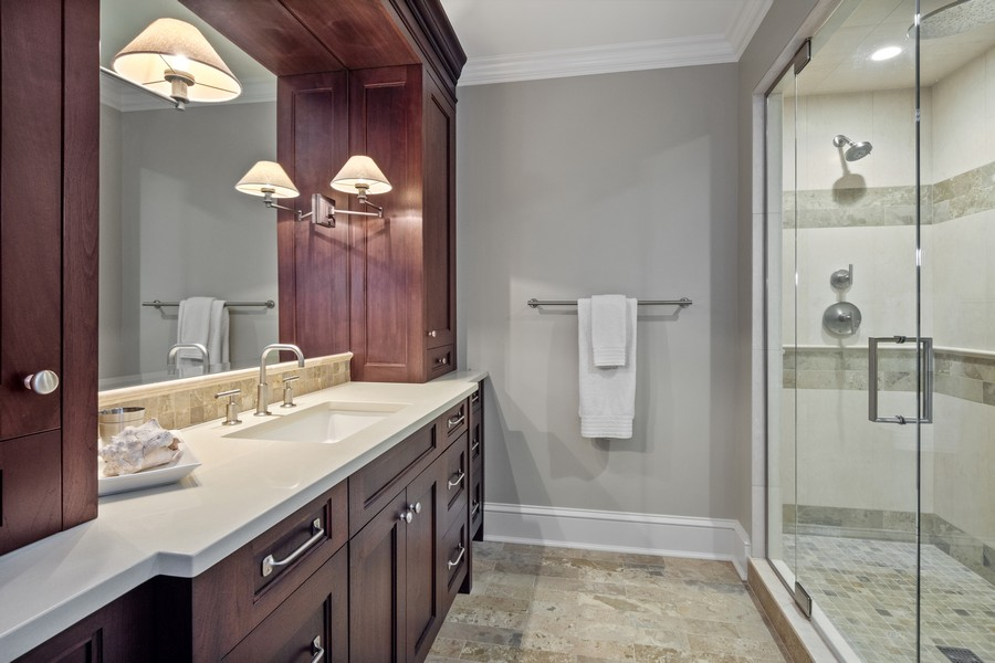 Real Estate Photography - 84 Dundee Ln, Barrington Hills, IL, 60010 - Second Bedroom En Suite Bath
