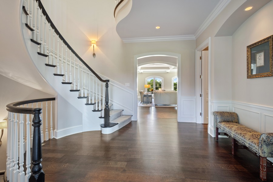 Real Estate Photography - 84 Dundee Ln, Barrington Hills, IL, 60010 - Foyer
