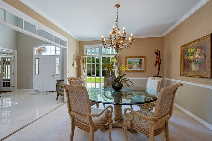 Real Estate Photography - 9 Lakeside Ln, North Barrington, IL, 60010 - Dining Room