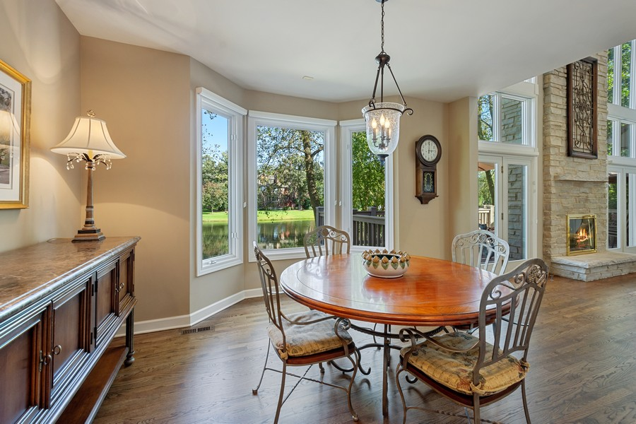 Real Estate Photography - 9 Lakeside Ln, North Barrington, IL, 60010 - Breakfast Area
