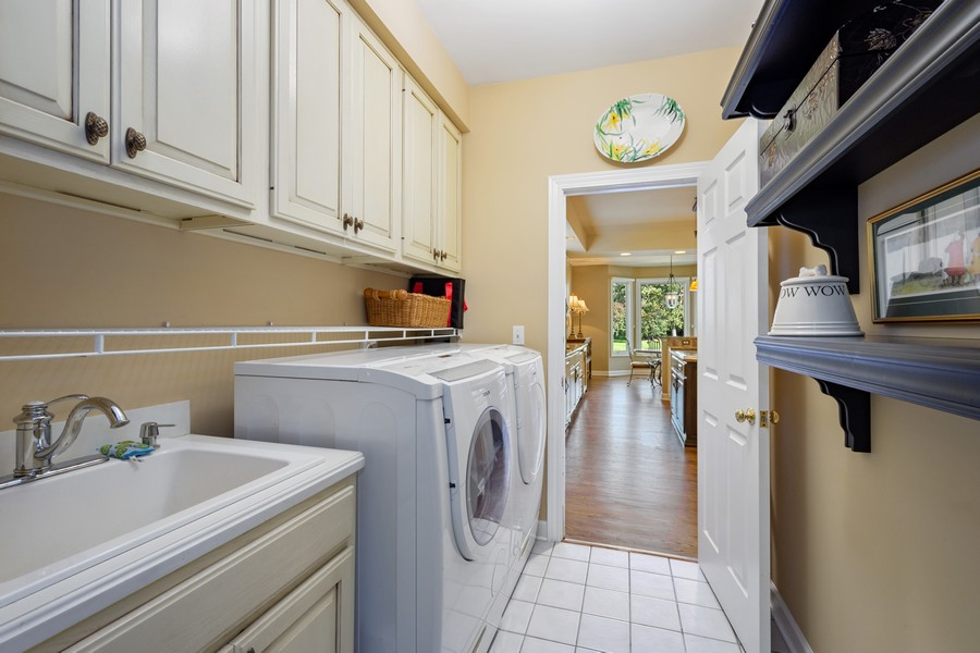 Real Estate Photography - 9 Lakeside Ln, North Barrington, IL, 60010 - Laundry Room