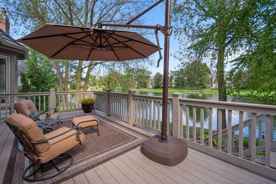 Real Estate Photography - 9 Lakeside Ln, North Barrington, IL, 60010 - Deck