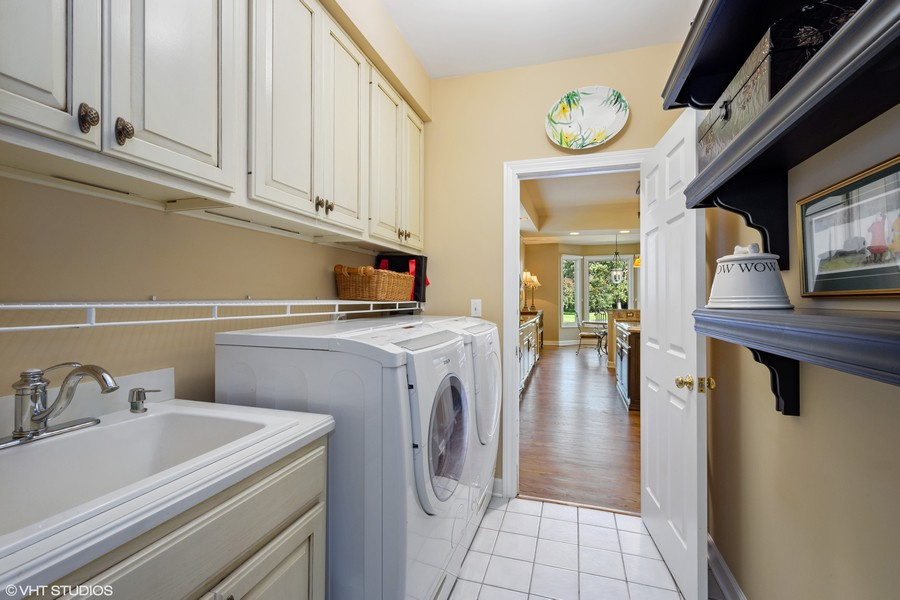 Real Estate Photography - 9 Lakeside Ln, North Barrington, IL, 60010 -