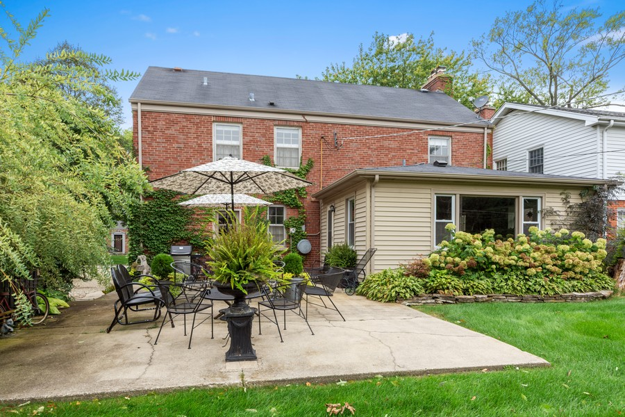 Real Estate Photography - 631 S Belmont, Arlington Heights, IL, 60005 - Rear View
