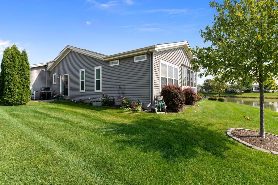 Real Estate Photography - 319 Legacy, Grayslake, IL, 60030 - Rear View