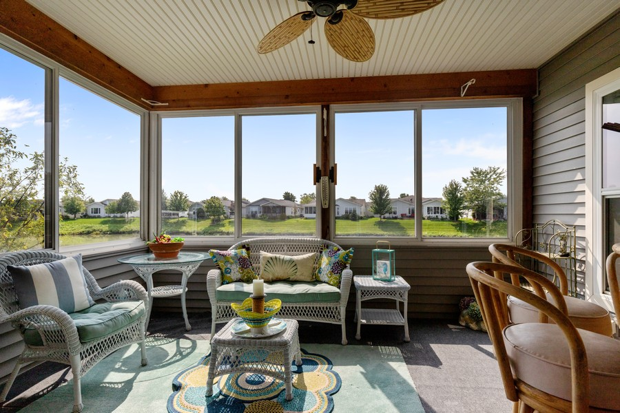 Real Estate Photography - 319 Legacy, Grayslake, IL, 60030 - Sun Room