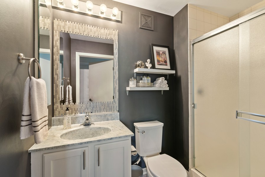 Real Estate Photography - 435 W Erie St, Unit 1102, Chicago, IL, 60654 - 2nd Bathroom