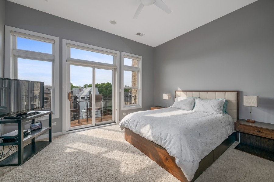 Real Estate Photography - 3432 N. Southport, PH, Chicago, IL, 60657 - Master Bedroom