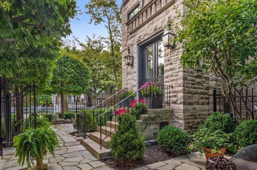 Real Estate Photography - 2156 W Concord Pl., Chicago, IL, 60647 - Front View