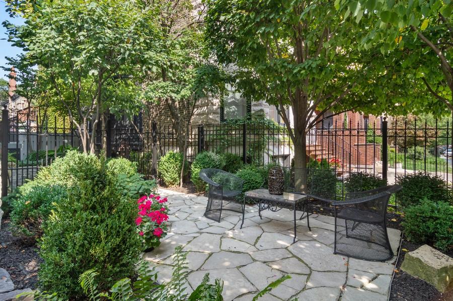 Real Estate Photography - 2156 W Concord Pl., Chicago, IL, 60647 - Patio