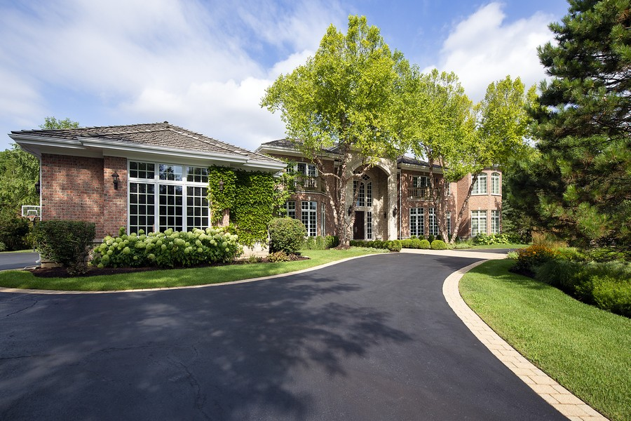 Real Estate Photography - 1700 Braeside Lane, Northbrook, IL, 60062 - Front View