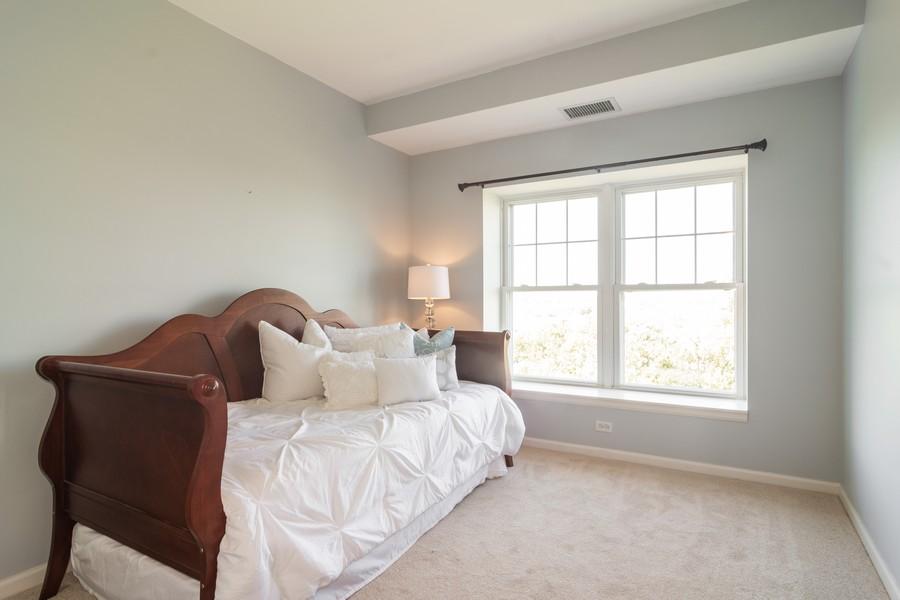 Real Estate Photography - 440 W Mahogany #612, Palatine, IL, 60067 - 2nd Bedroom