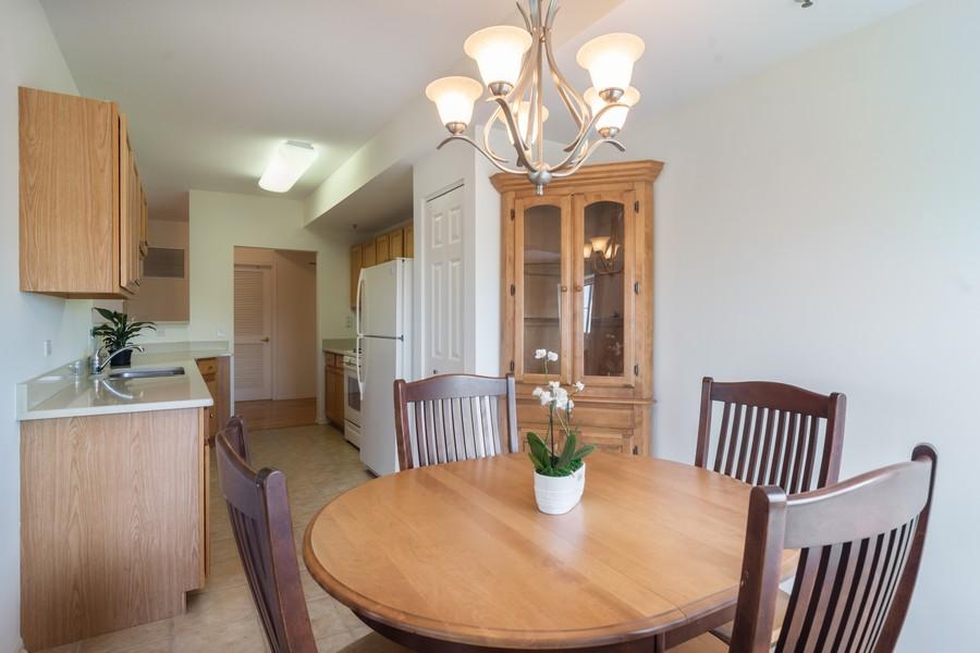 Real Estate Photography - 440 W Mahogany #612, Palatine, IL, 60067 - Dining Room