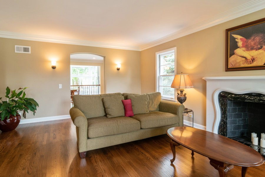 Real Estate Photography - 1338 Franklin Ave, River Forest, IL, 60305 - Living Room
