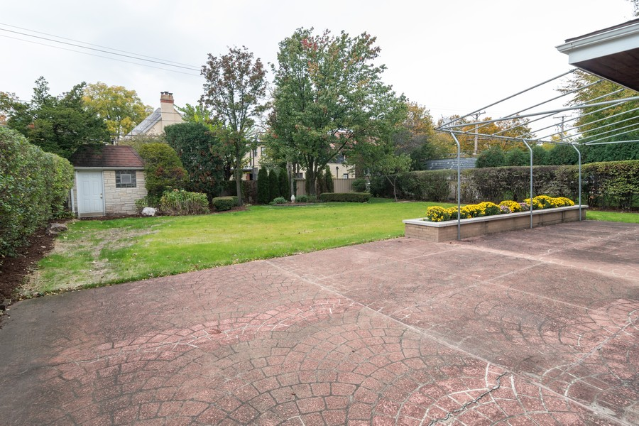 Real Estate Photography - 1338 Franklin Ave, River Forest, IL, 60305 - Back Yard