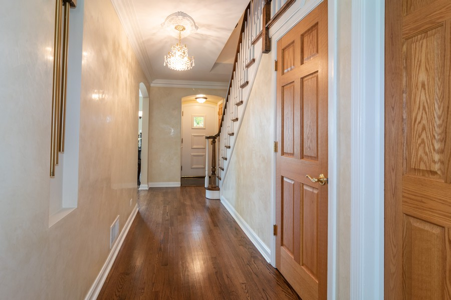 Real Estate Photography - 1338 Franklin Ave, River Forest, IL, 60305 - Foyer
