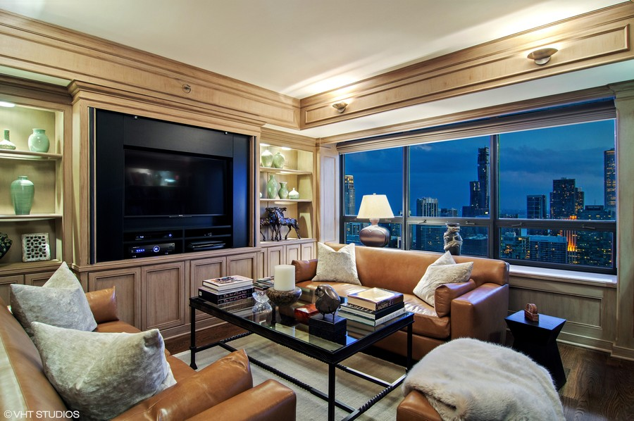 Real Estate Photography - 180 E Pearson St., Apt. 5006, Chicago, IL, 60611 - Family Room