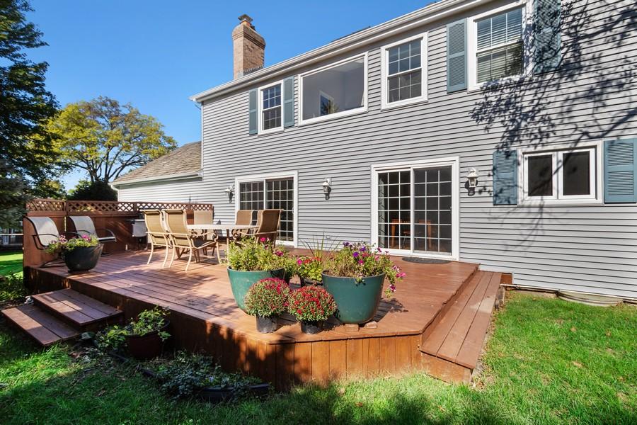 Real Estate Photography - 481 Paul Circle, Barrington, IL, 60010 - Deck