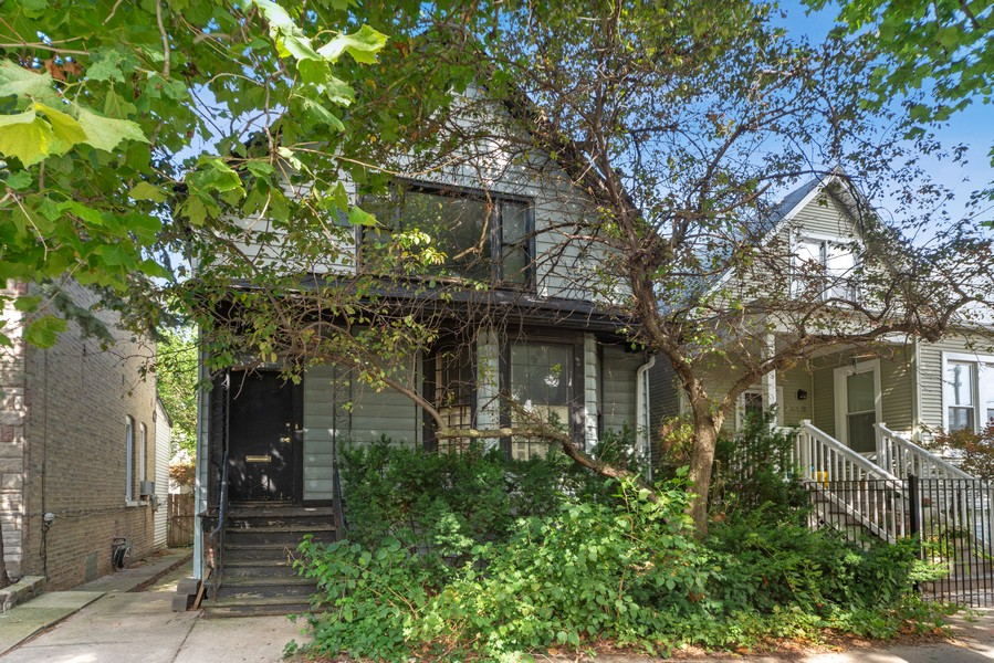 Real Estate Photography - 2418 W. Palmer St., Chicago, IL, 60647 - Front View