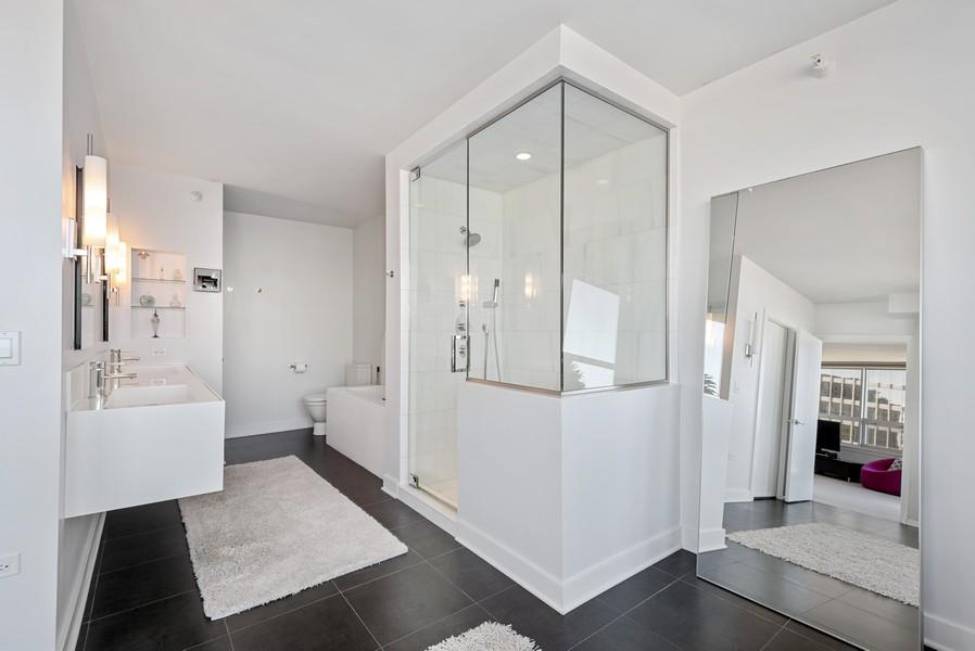 Real Estate Photography - 807 Davis Unit 1705, Evanston, IL, 60201 - Custom Master Bath w/Shower & Sep Tub
