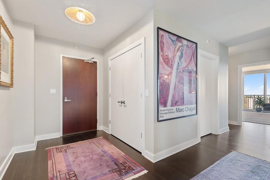 Real Estate Photography - 807 Davis Unit 1705, Evanston, IL, 60201 - Foyer/Entry