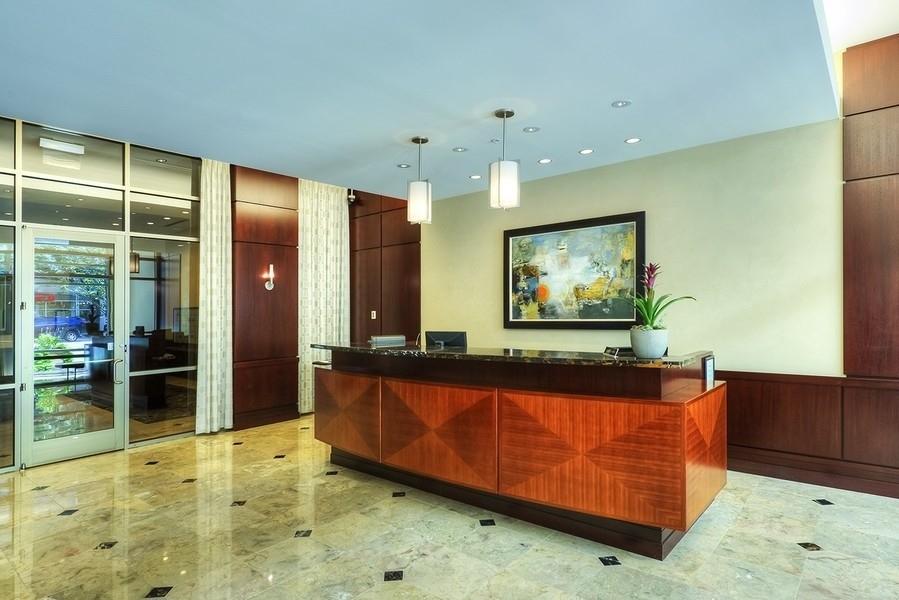 Real Estate Photography - 807 Davis Unit 1705, Evanston, IL, 60201 - Lobby