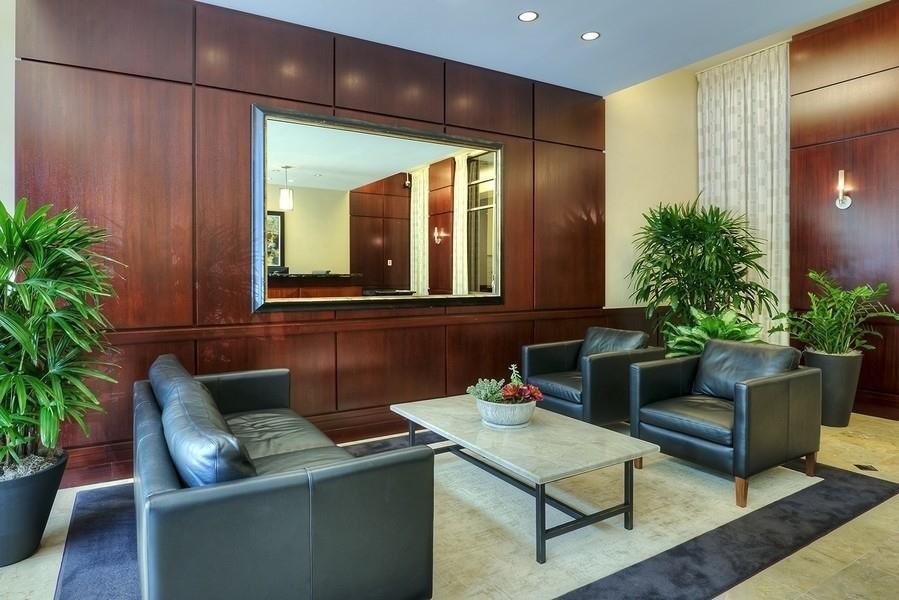 Real Estate Photography - 807 Davis Unit 1705, Evanston, IL, 60201 - Lobby waiting area