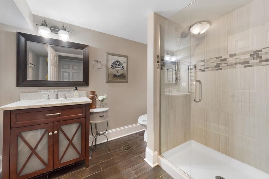 Real Estate Photography - 915 N Kaspar Ave, Arlington Heights, IL, 60004 - Balcony