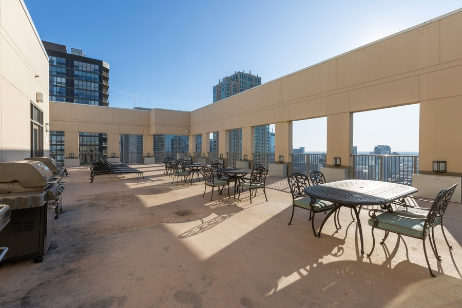 Real Estate Photography - 2 E Erie St, Apt 3112, Chicago, IL, 60611 - Roof Deck
