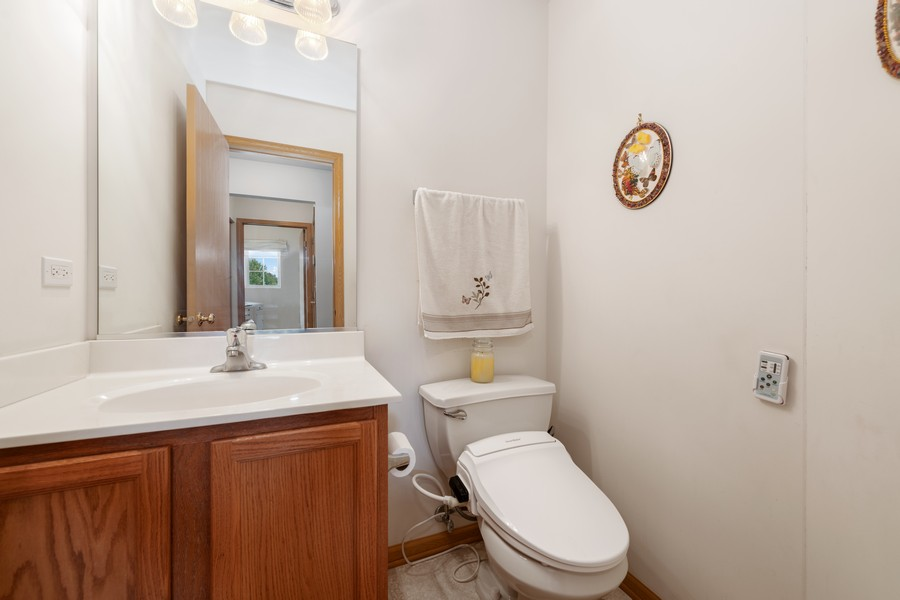 Real Estate Photography - 1435 S Wildmeadow Rd, Round Lake, IL, 60073 - Powder Room