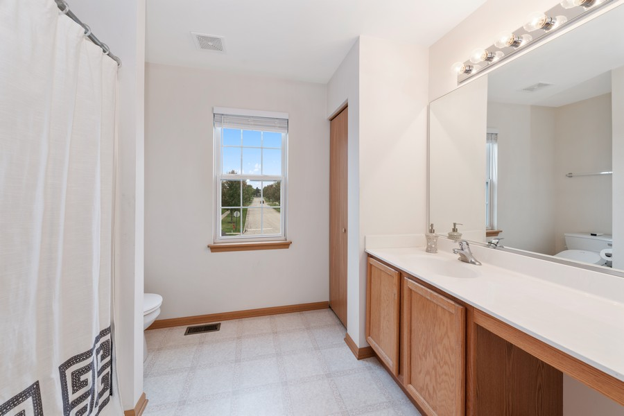 Real Estate Photography - 1435 S Wildmeadow Rd, Round Lake, IL, 60073 - Bathroom