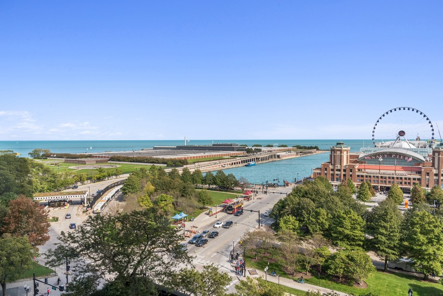 Real Estate Photography - 505 N Lake Shore Drive, #907, Chicago, IL, 60611 - View