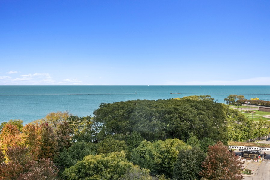Real Estate Photography - 505 N Lake Shore Drive, #907, Chicago, IL, 60611 -