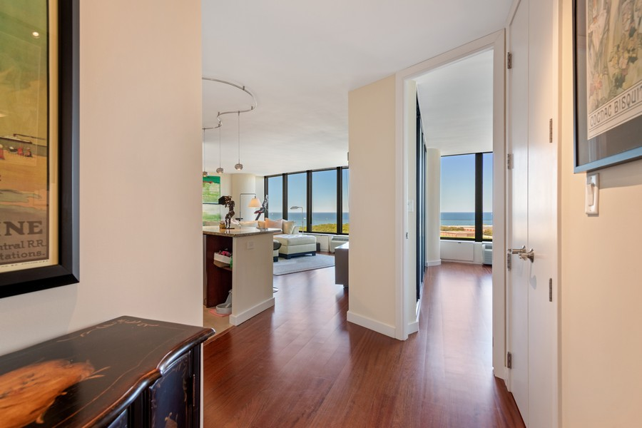 Real Estate Photography - 505 N Lake Shore Drive, #907, Chicago, IL, 60611 - Entryway