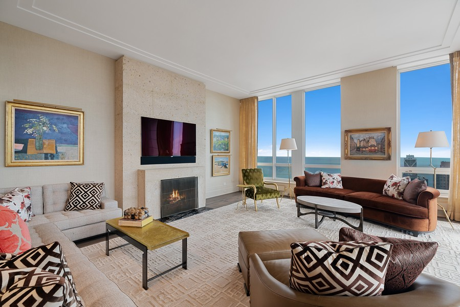 Real Estate Photography - 55 E Erie St, 5401, Chicago, IL, 60611 - Living Room