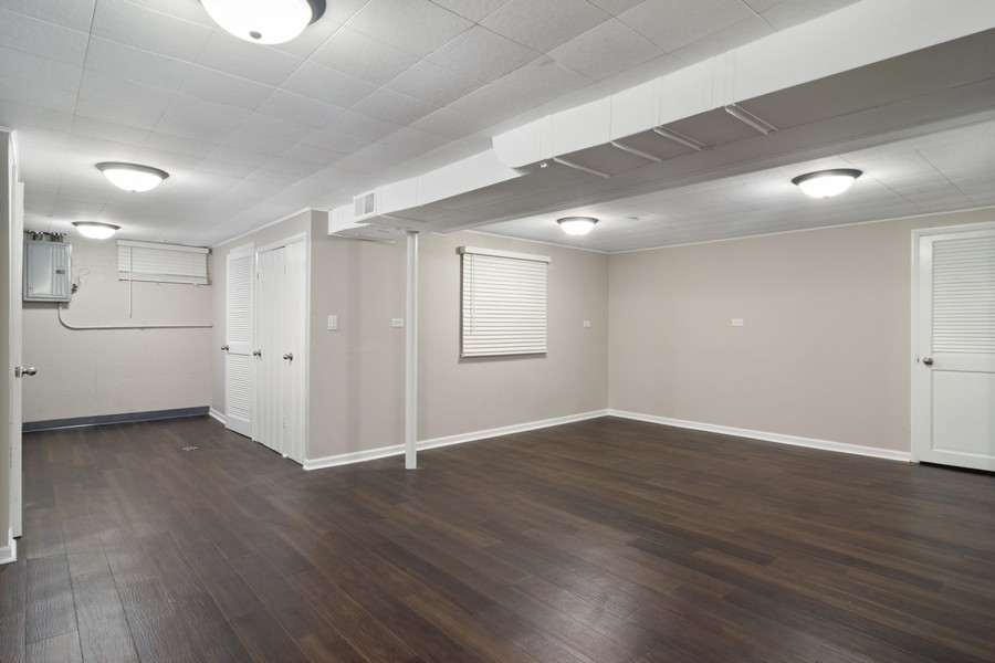 Real Estate Photography - 665 E Clarendon Ct, Arlington Heights, IL, 60004 - Lower Level