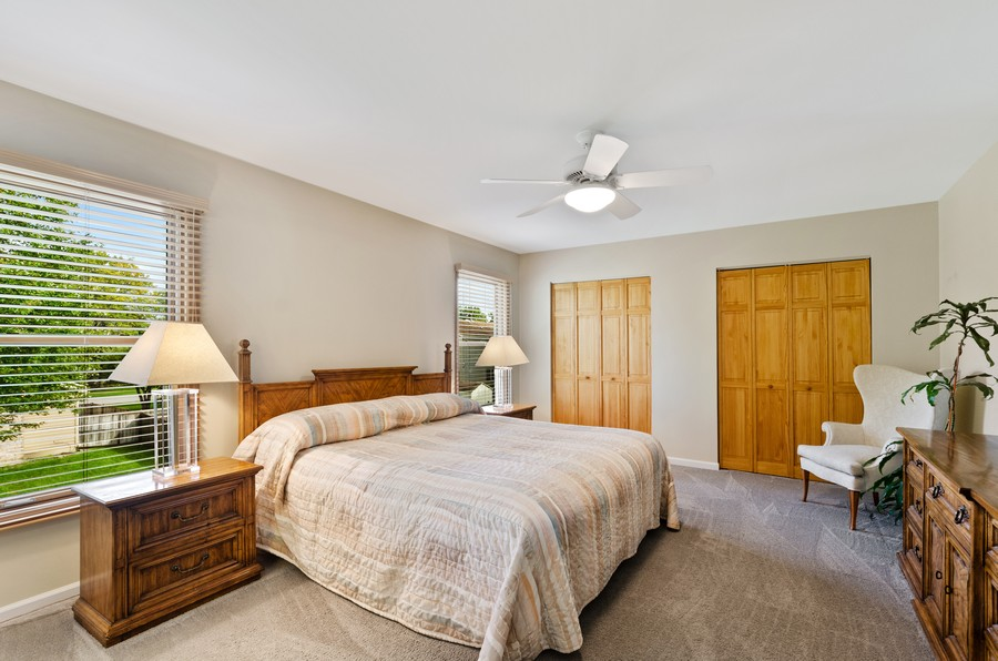 Real Estate Photography - 907 Hobson Dr., Buffalo Grove, IL, 60089 - Master Bedroom