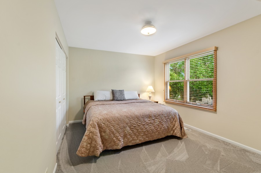 Real Estate Photography - 907 Hobson Dr., Buffalo Grove, IL, 60089 - 2nd Bedroom