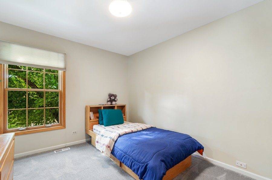 Real Estate Photography - 907 Hobson Dr., Buffalo Grove, IL, 60089 - 3rd Bedroom