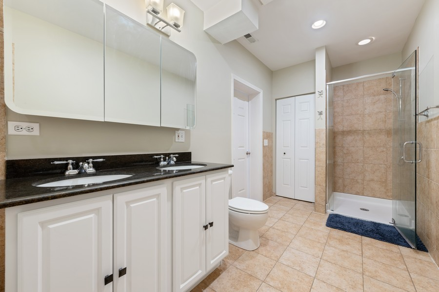 Real Estate Photography - 2902 N Central Park, 2S, Chicago, IL, 60618 - Master Bathroom