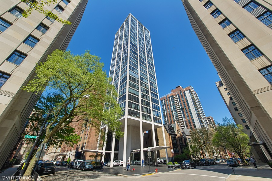 Real Estate Photography - 1300 N. Astor St., 25B, Chicago, IL, 60610 -