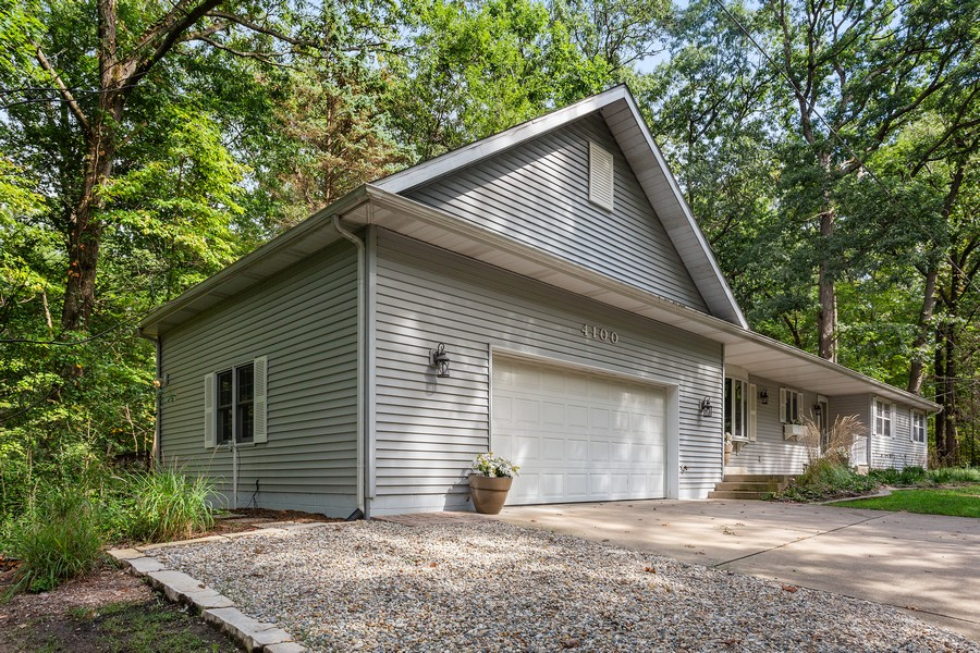 Real Estate Photography - 4100 Chickagami Trl, New Buffalo, MI, 49117 - Front View
