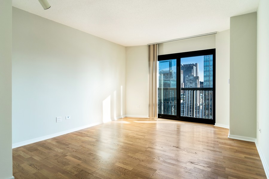 Real Estate Photography - 400 N La Salle, Unit 4207, Chicago, IL, 60654 - Master Bedroom