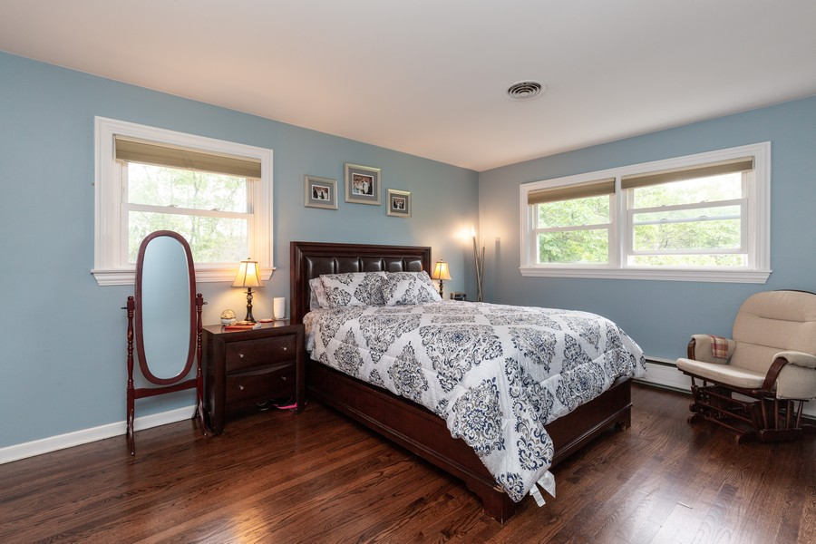 Real Estate Photography - 302 Sharon Dr, Barrington, IL, 60010 - Master Bedroom