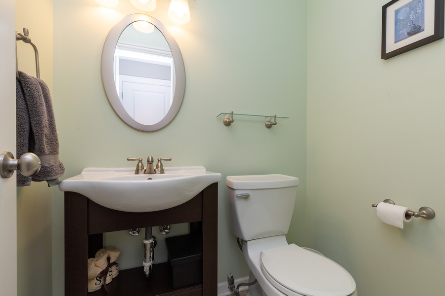 Real Estate Photography - 302 Sharon Dr, Barrington, IL, 60010 - Half Bath